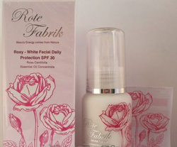 Rote Fabrik玫瑰嫩白日间保护乳SPF30