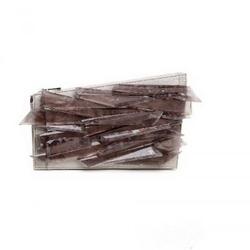 璞琪水晶碎片装饰的手拿包