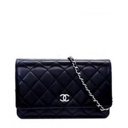 CHANEL,香奈儿Wallet on a Chain 黑色羊皮经典菱格纹链条包