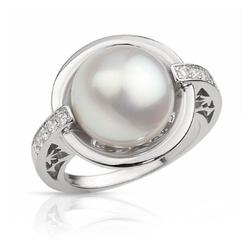 AUTORE正品  18K白金0.18克拉总重100%纯正珍珠戒指